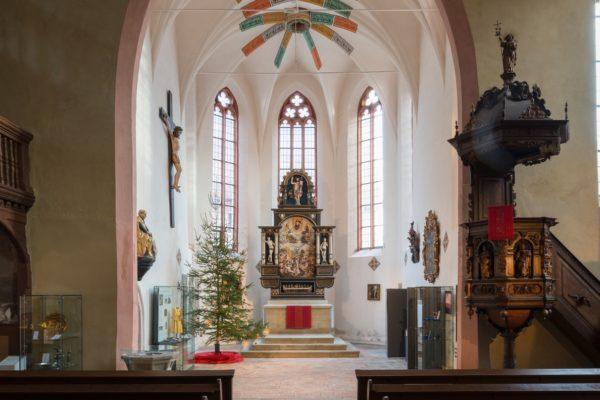 Der barocke Weltgerichtsaltar in der Spitalkirche Bad Windsheim.