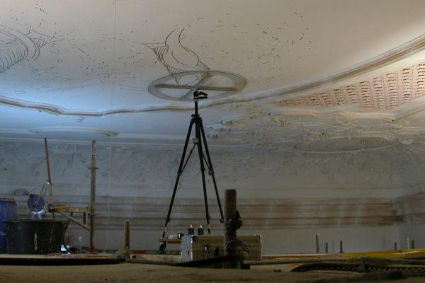 Gerhard Mayers Deckengemälde in der barocken Markgrafenkirche von Seibelsdorf wurde 2011 mit dem landeskirchlichen Kunstpreis geehrt.