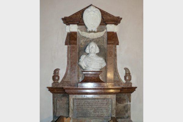 Grabdenkmal in der Wehrkirche Nürnberg-Kraftshof.