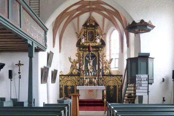 IDie mittelalterliche St. Wolfgang-Kirche in Röthenbach bei St. Wolfgang.
