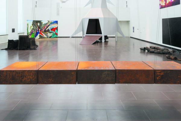 Bild zur Triennale zeitgenössische Kunst mit dem Titel Gott und die Welt in Schweinfurt.