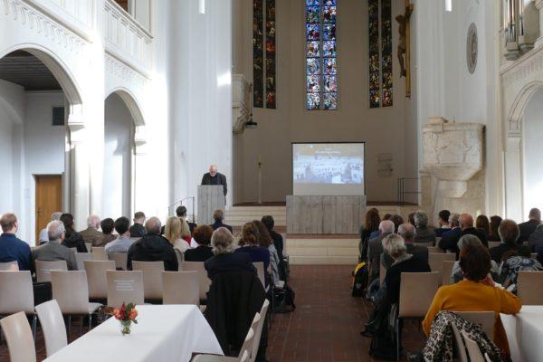Das landeskirchliche Kunstsymposium 2019 fand in der Markuskirche in München statt.