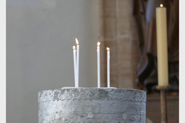 Werk von Benjamin Bergmann beim Lichtmess-Gottesdienst 2021 in der Spitalkirche Schwabach.